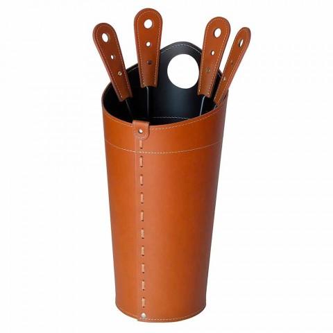 Acessórios de lareira com suportes de couro Nilar, design moderno