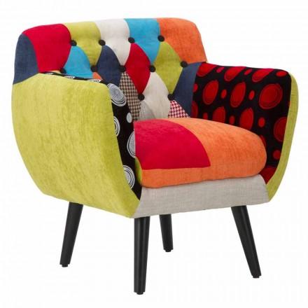 Poltrona de Design moderno com retalhos coloridos em tecido e madeira - Koria