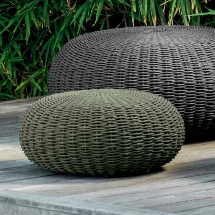Puff pequeno e redondo Jackie by Talenti com design moderno para jardim