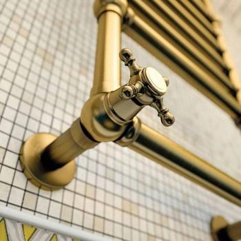 Toalha de trilho de latão ouro Scirocco H Amira elétrica feita na Itália