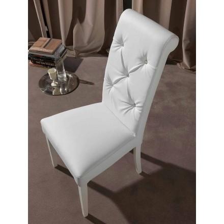 Cadeira clássica com trabalho adornado e diamantes - Diana