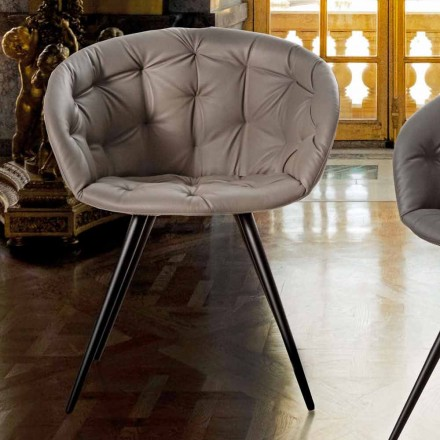 Cadeira para Sala de Jantar em Ecoleather com Pernas em Metal Pintado de Preto - Ezio