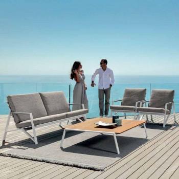 Composição da sala de estar ao ar livre do Talenti Cottage feita na Itália